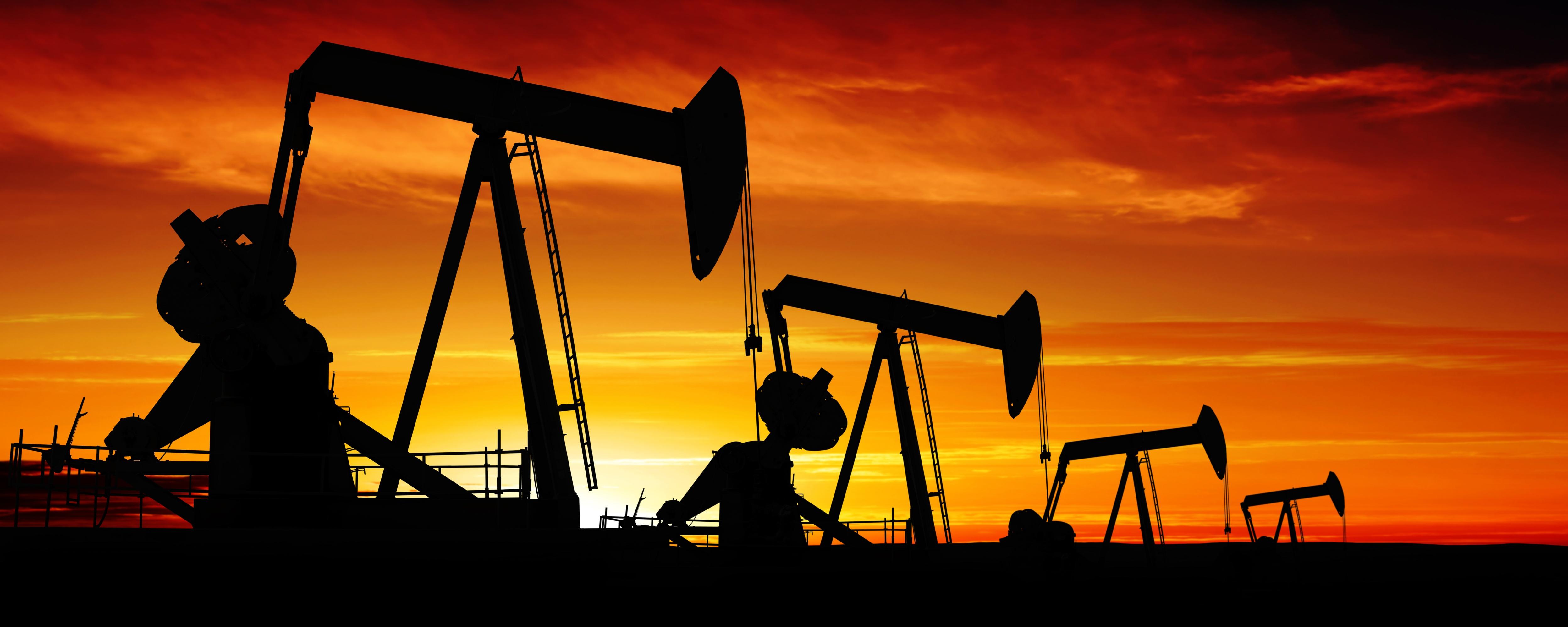 Oil Wells.jpg